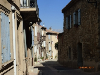 PrettyVillageHousesPeynierProvence