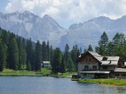 LagoNambino.Dolomites