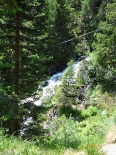 LagoNambinoWaterfalls.Dolomites