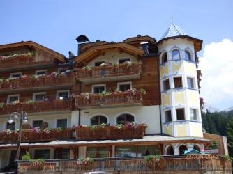 MoreTyrolThanItaly?MadonnaDiCampiglio.Trentino