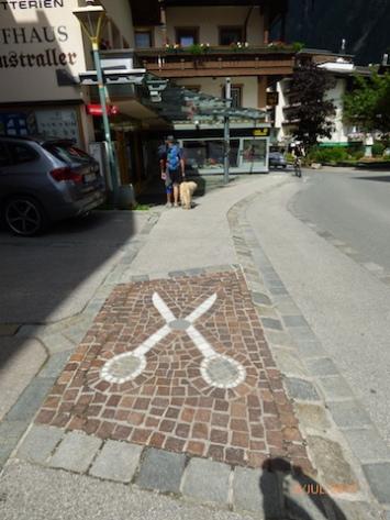 NeedAHaircut? HangALeft Here.MayrhofenJPG