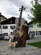 Violin:Viola:Cello?Mittenwald,Bavaria