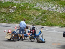 FairPlayToTheseScooterBoys.Sustenpass